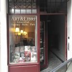 cute & tiny art bookshop